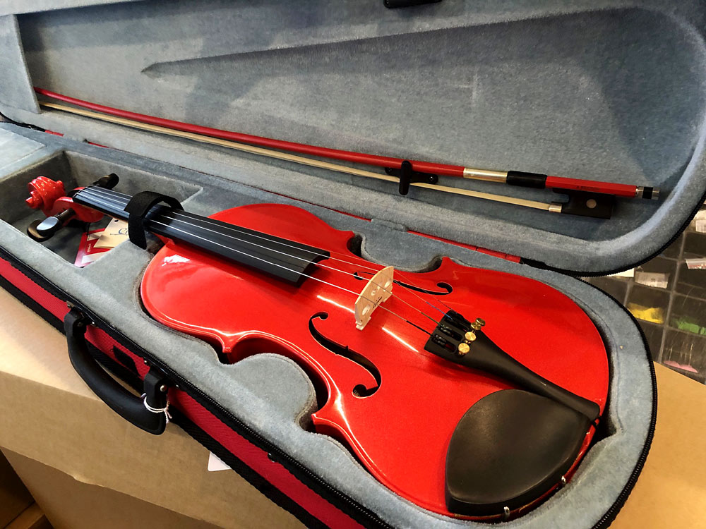 Cremona SV-75 Full Size Violin, Red USA-made Prelude strings, the educator's preferred strings for students